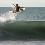 Sam Piter: O 12χρονος surfer που θα σε χαζέψει