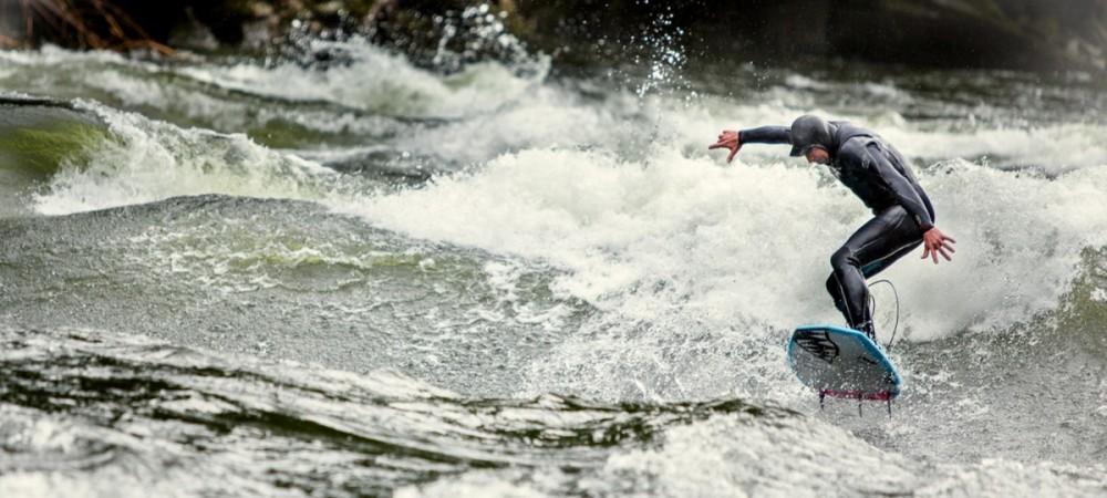 Surf-en-Montana.-Strong-Water