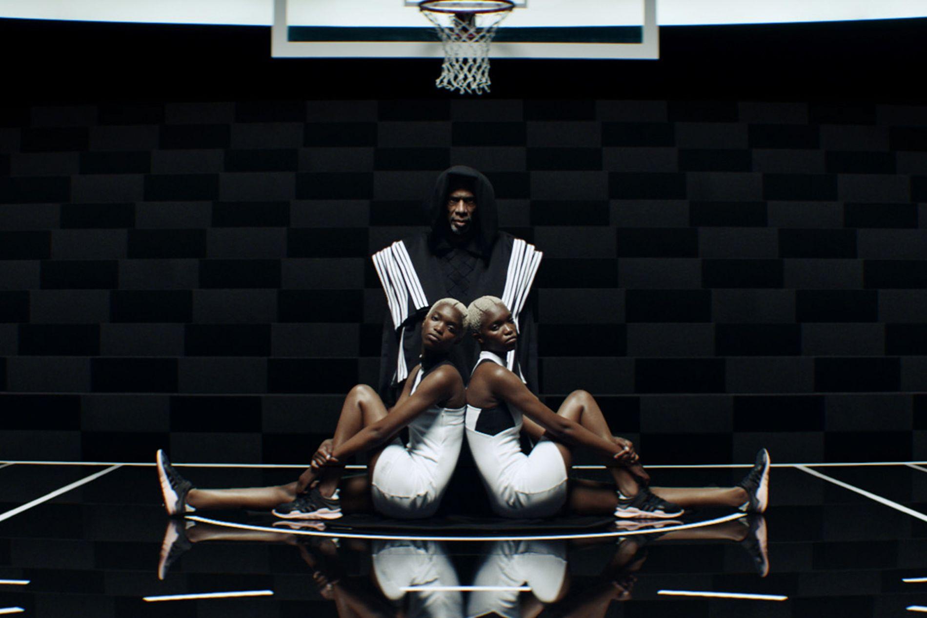 adidas Originals - original Campaign _Raining Basketballs