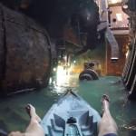 Kayaking μέσα σ' ένα ναυάγιο