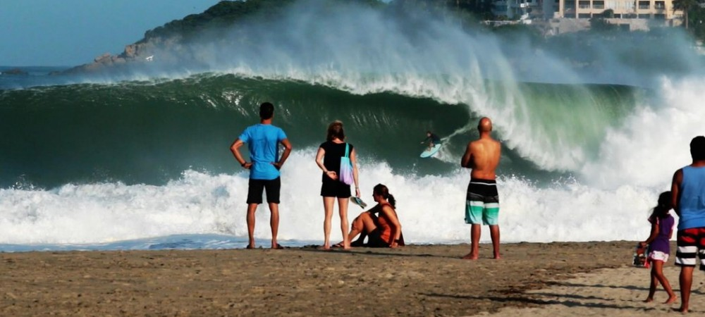 greg-long-takes-center-stage-at-puerto-escondido
