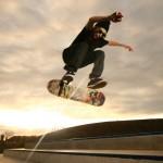Σούπερ skateboard tricks και… επικές αντιδράσεις!
